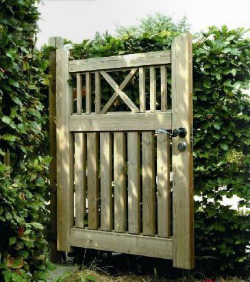 portillon de jardin en bois