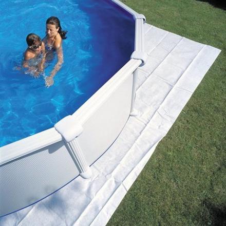 quoi mettre sous une piscine hors sol